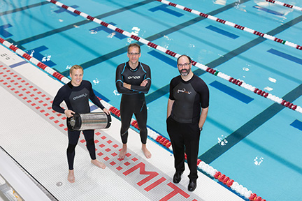 Engineers develop a way to triple the survival time for swimmers in wetsuits