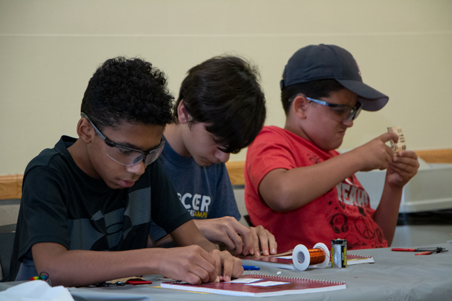 Cambridge middle school students explore materials science at MIT